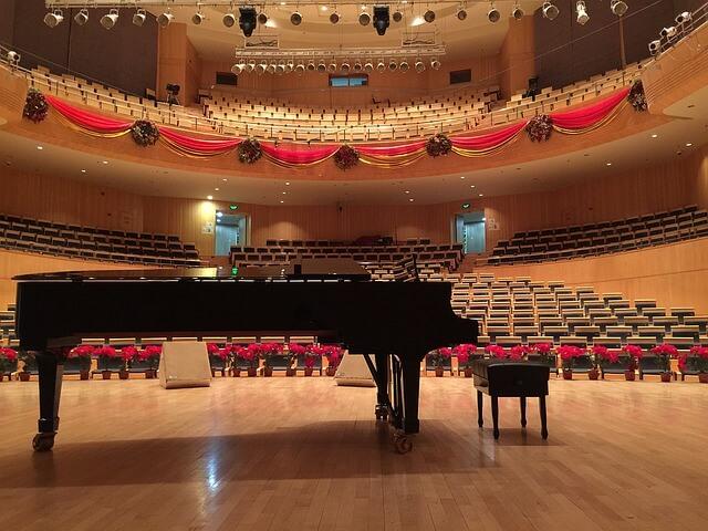 Transport pianina – jaki tomoże być koszt?