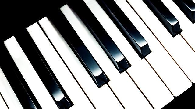 Przewóz pianina – jak prawidłowo zorganizować transport instrumentu?